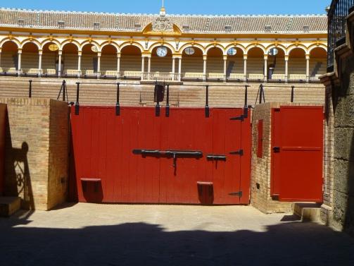 Bullfight-arena-Seville (5)